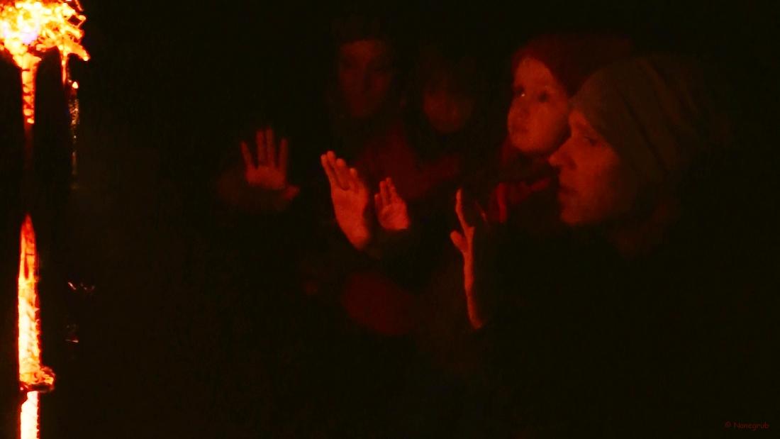 Autour du feu - Noel 2014 (3)
