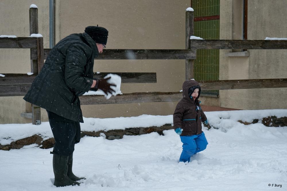 Bataille de boules de neige (1)DSC00206