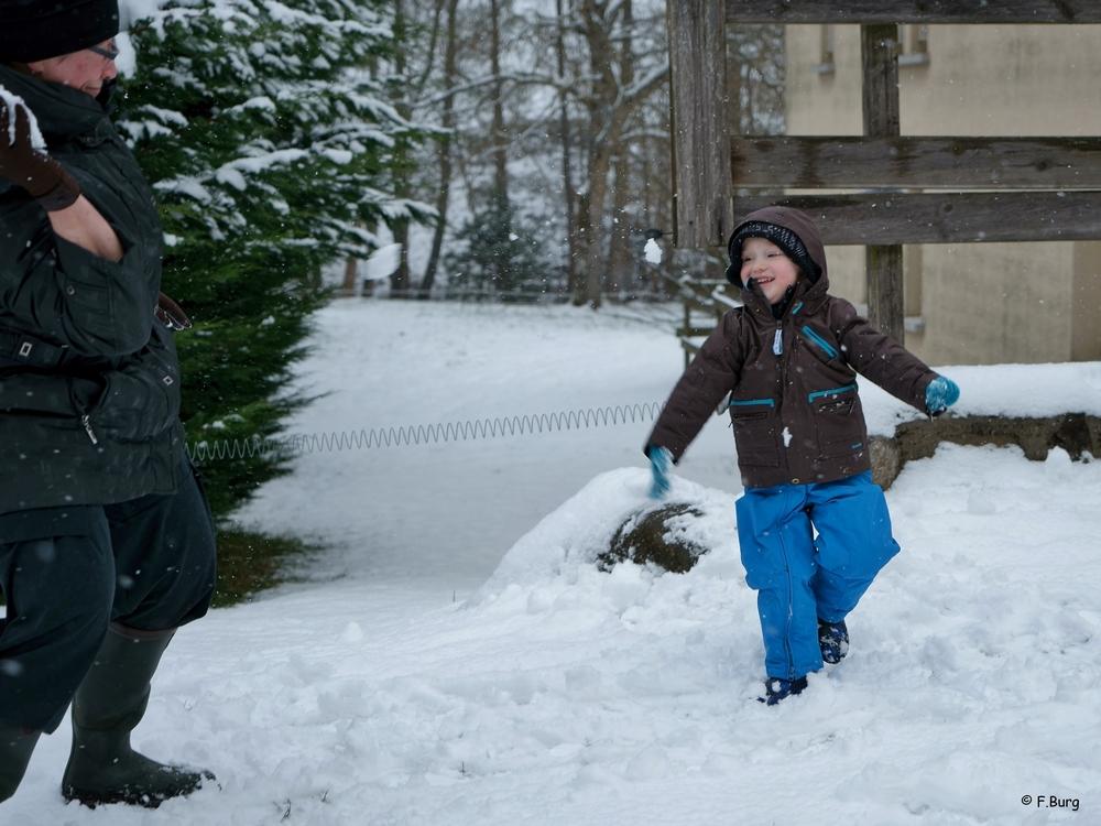 bataille de boules de neige (3) DSC00215