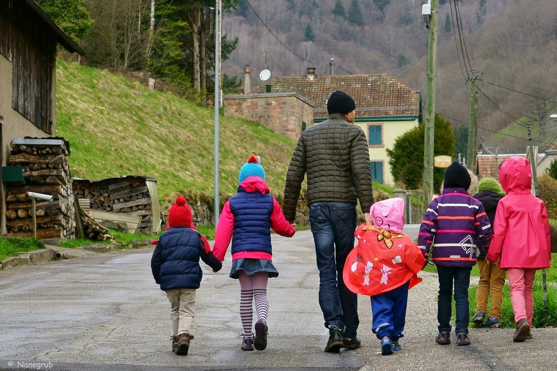Michel et les enfants - DSC02968